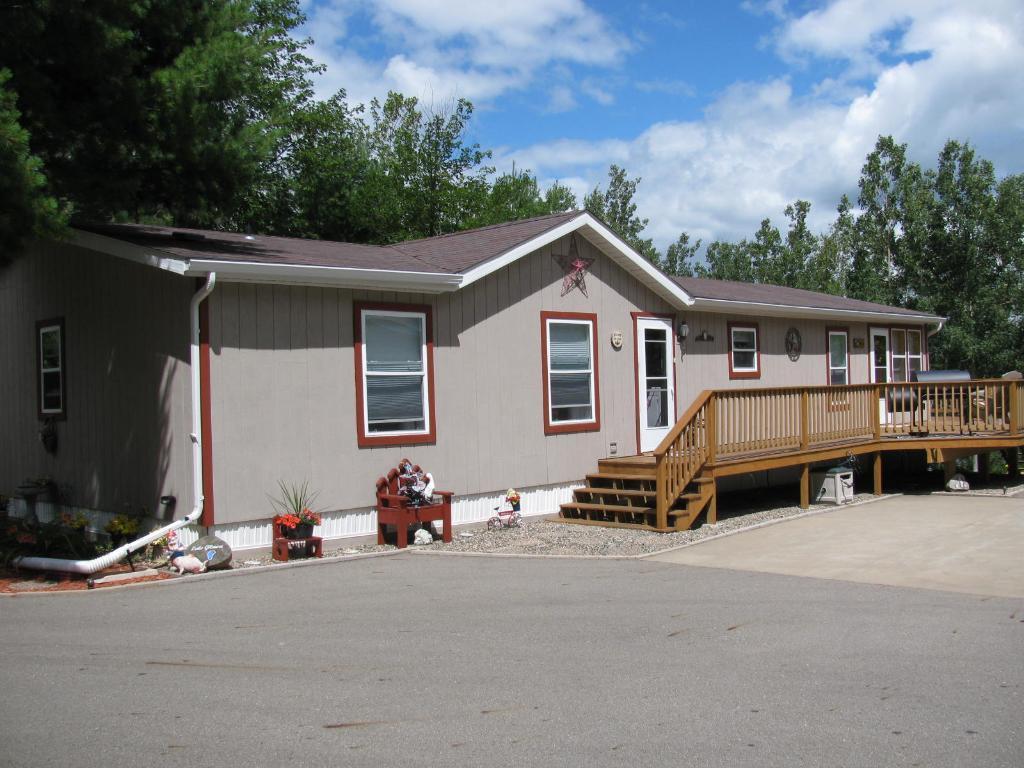 20688 Gladiola Drive, Park Rapids, MN 56470