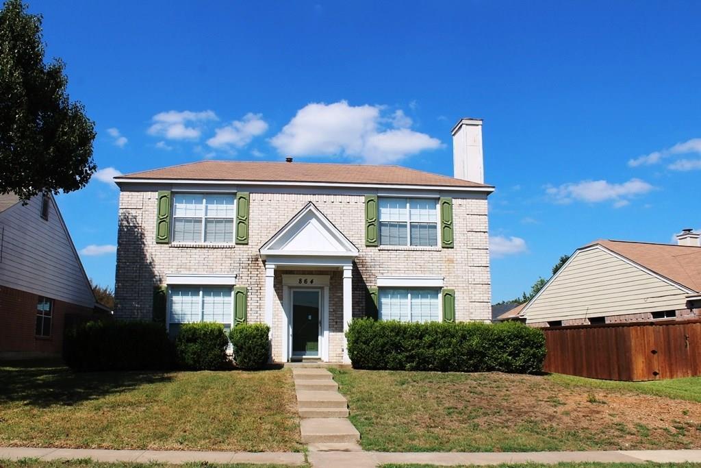 864 Chaparral Drive, Grand Prairie, TX 75052