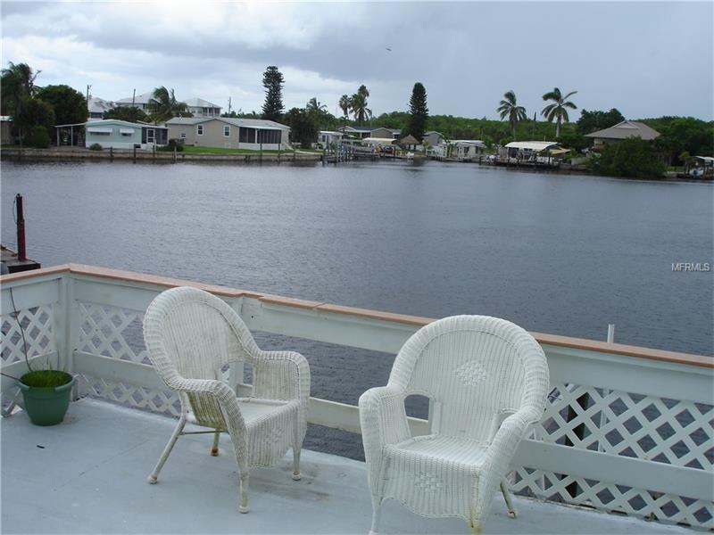 563 COCONUT AVENUE, GOODLAND, FL 34140