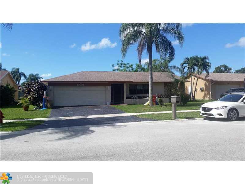 22732 SW 10th St, Boca Raton, FL 33433