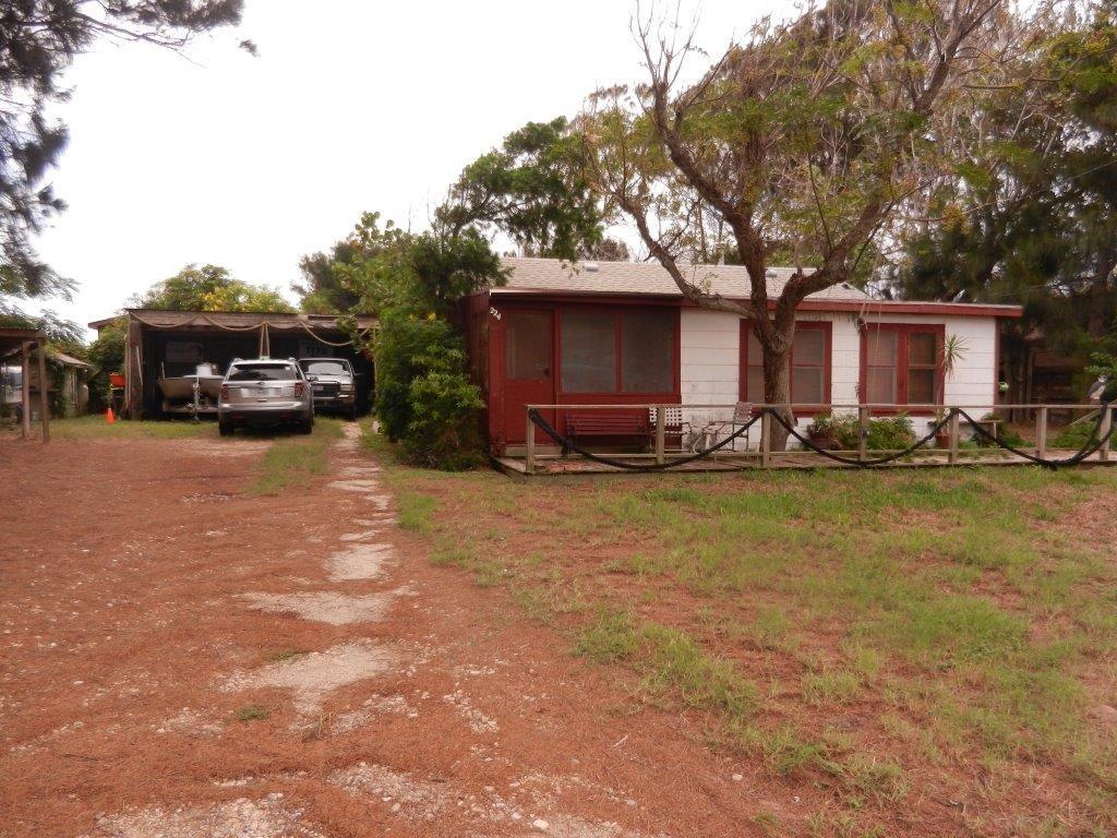 224 E Roberts Ave, Port Aransas, TX 78373
