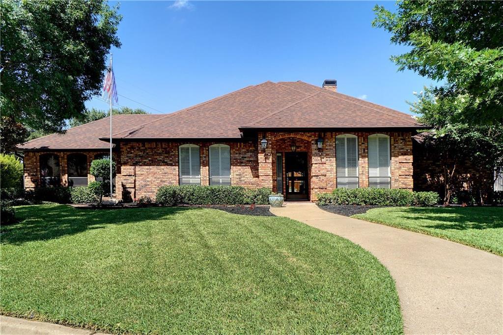 5020 Skylark Court, North Richland Hills, TX 76180