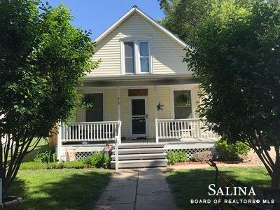 212 W 5th Street, Solomon, KS 67480