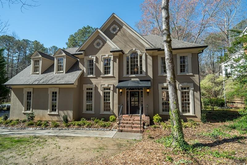 305 Highlands Trace, Roswell, GA 30075