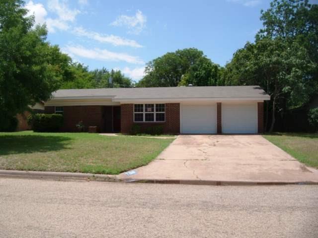 2048 Oakwood Lane, Abilene, TX 79605