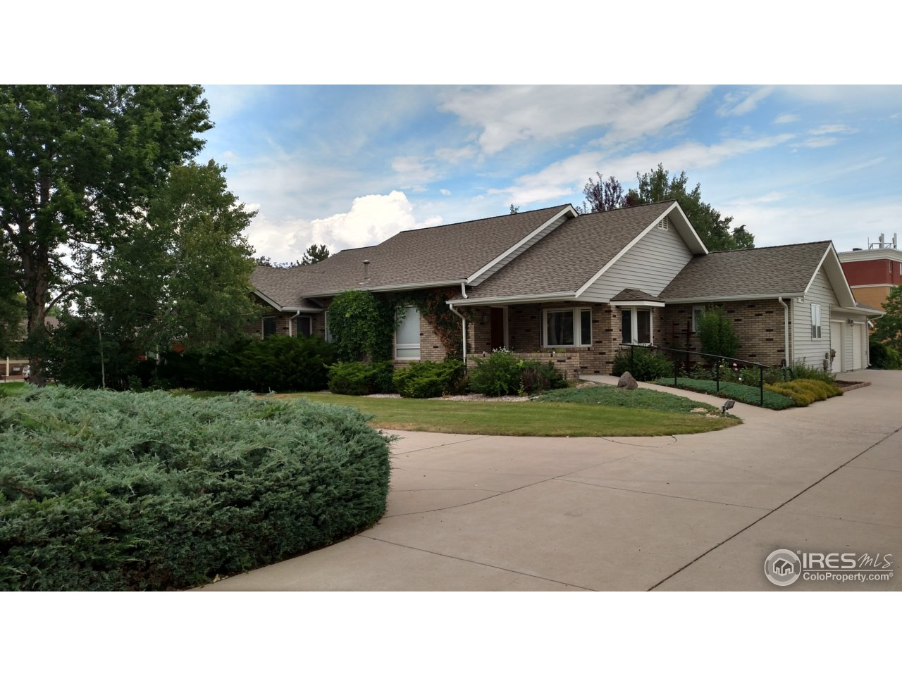 6512 Fossil Crest Dr, Fort Collins, CO 80525