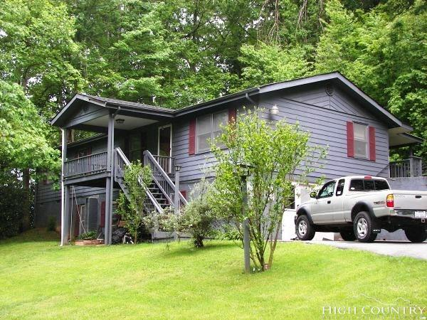 312 Hodges Valley Road, Boone, NC 28607