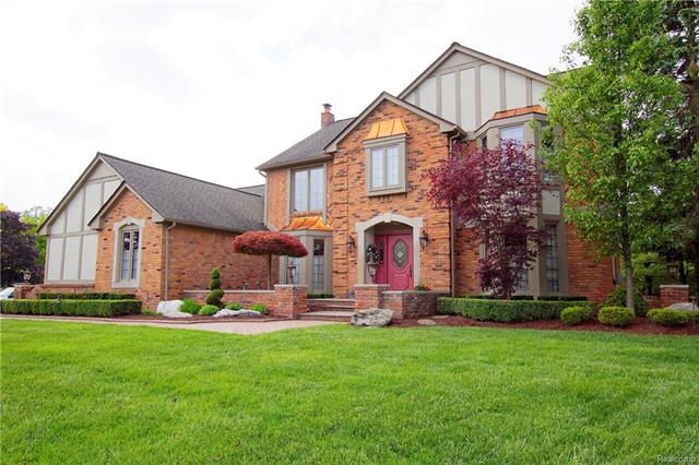 4559 WHITE OAKS Drive, Troy, MI 48098