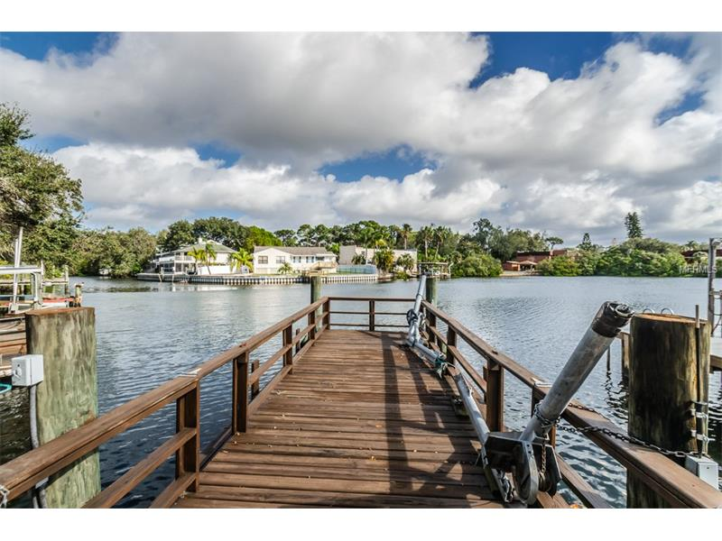 585 WESTWINDS DRIVE 585, PALM HARBOR, FL 34683