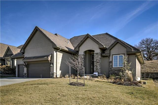 9213 Cottonwood Canyon Drive, Lenexa, KS 66219