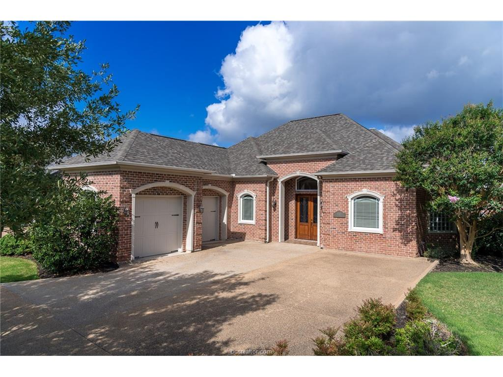 4303 Willowick Drive, Bryan, TX 77802