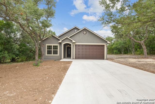 215 County Road 3829, San Antonio, TX 78253