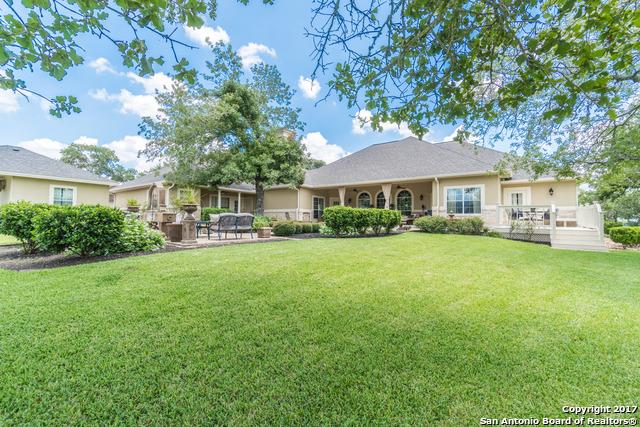 113 ABREGO RIDGE DR, Floresville, TX 78114