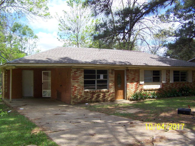 205 Holden Rd, McComb, MS 39648
