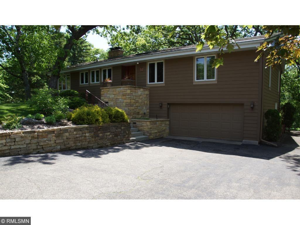 12825 Maywood Lane, Minnetonka, MN 55343