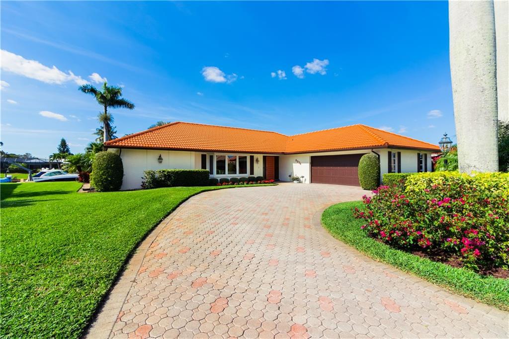 3374 SE Fairway E, Stuart, FL 34997