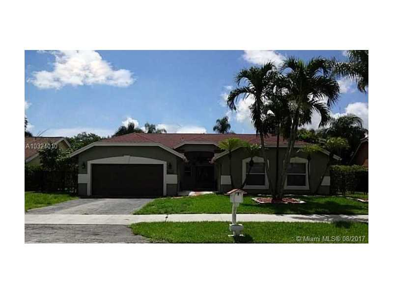 5082 NW 51st Ave, Coconut Creek, FL 33073