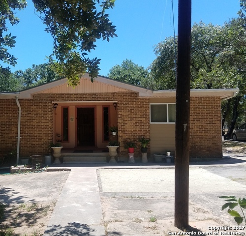 229 Maske Rd, Somerset, TX 78069