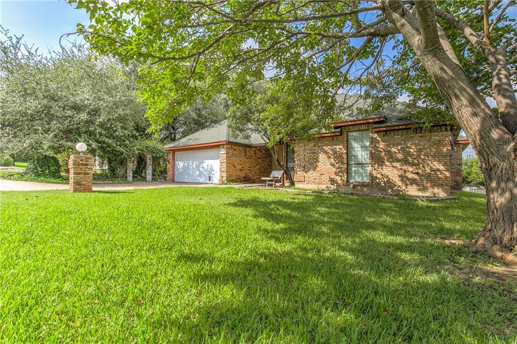 4001 Frisco Court, Granbury, TX 76048