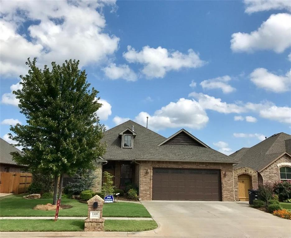 1308 Anns Place, Moore, OK 73160
