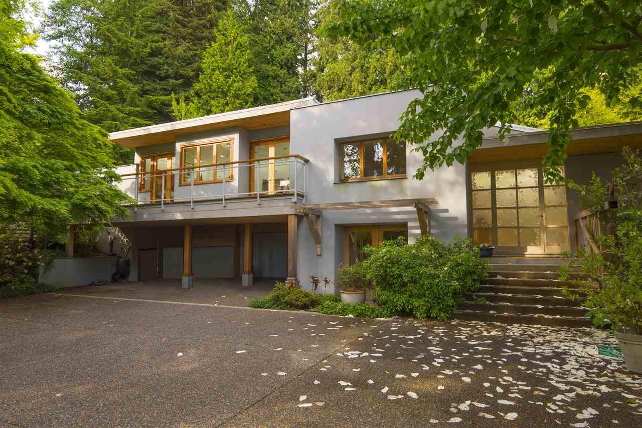 3069 MATHERS AVENUE, West Vancouver, BC V7V 2K3