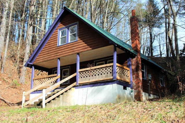 Boone nc log cabins 100 000 149 999 for Boone cabins for sale