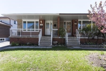 108 Voltarie Cres, Mississauga, ON L5A 2A4