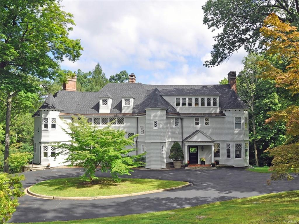 14 Clubhouse Road Extension, Tuxedo Park, NY 10987