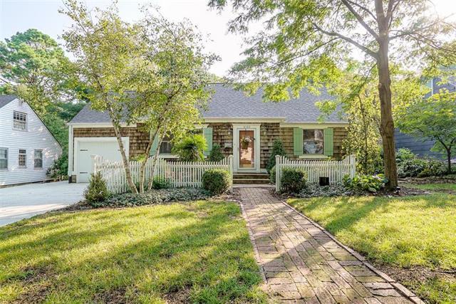 4106 W 72nd Terrace, Prairie Village, KS 66208