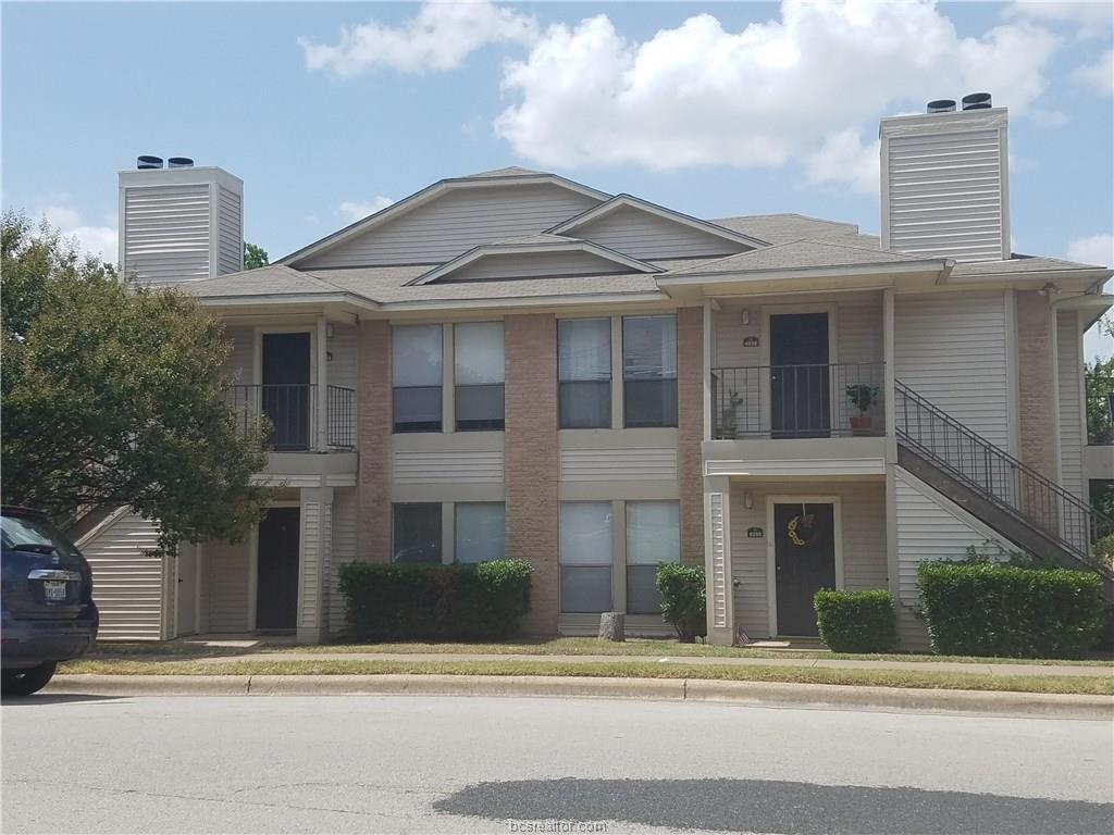 409 Fall A-D, College Station, TX 77840
