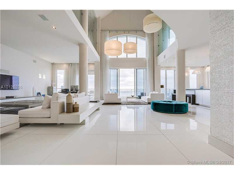 848 Brickell Key Dr 4604, Miami, FL 33131