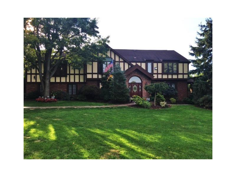 124 Golfview Drive, Canonsburg, PA 15317