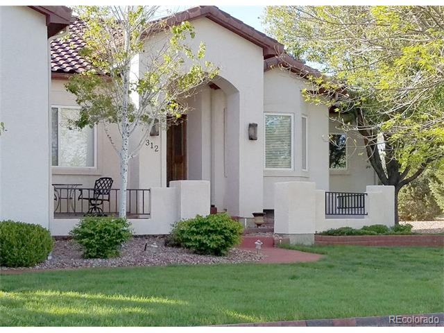 312 S Pin High Drive, Pueblo West, CO 81007
