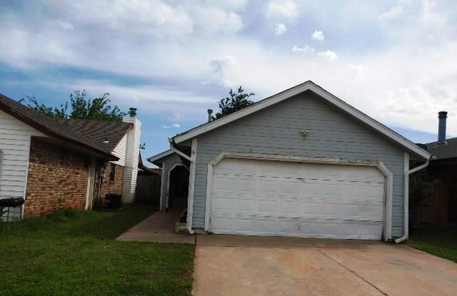 932 Tesio Way, Mustang, OK 73064