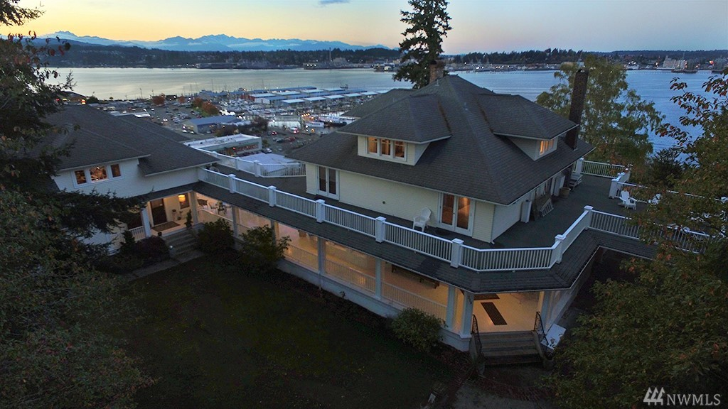 228 Seattle Ave, Port Orchard, WA 98366