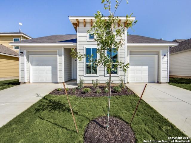 140 LARK HILL RD, Floresville, TX 78114