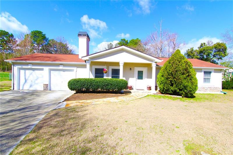 GORGEOUS RANCH, MOVE IN READY! Beautifully Maintained Home. Features Large White Kitchen and Hardwood Floors Throughout Main Living Areas and Bedrooms. Lovely Master Suite with Private Bath. Spacious Secondary Bedrooms, Neutral New Paint Thru-Out Home. Great Location, in Quiet Stable Neighborhood with NO HOA. Flat Backyard for Your Boat or RV! Show This Home and You Will Fall in Love!!!