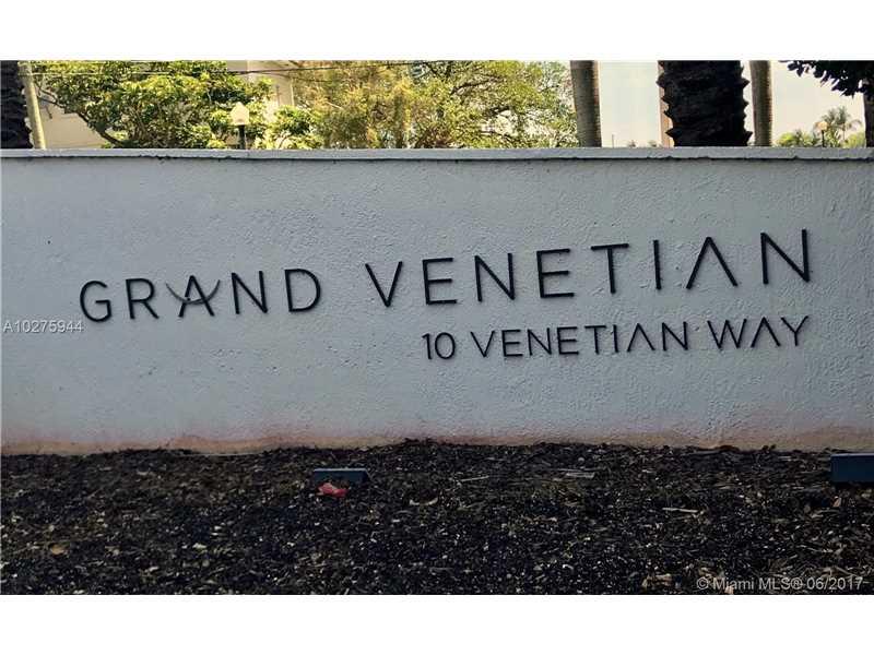10 Venetian Way 403, Miami Beach, FL 33139