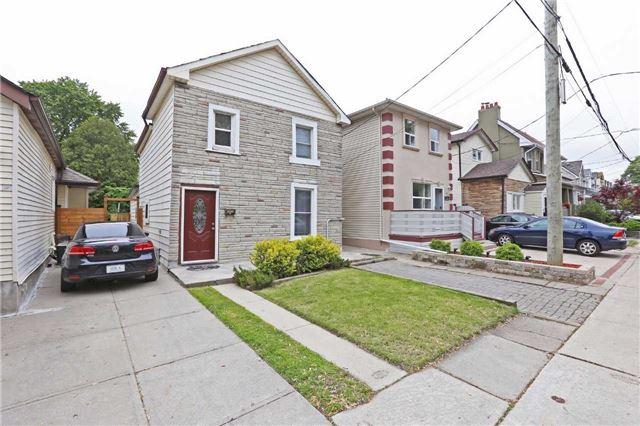 55 Palmer Ave, Toronto, ON M4C 4Z7