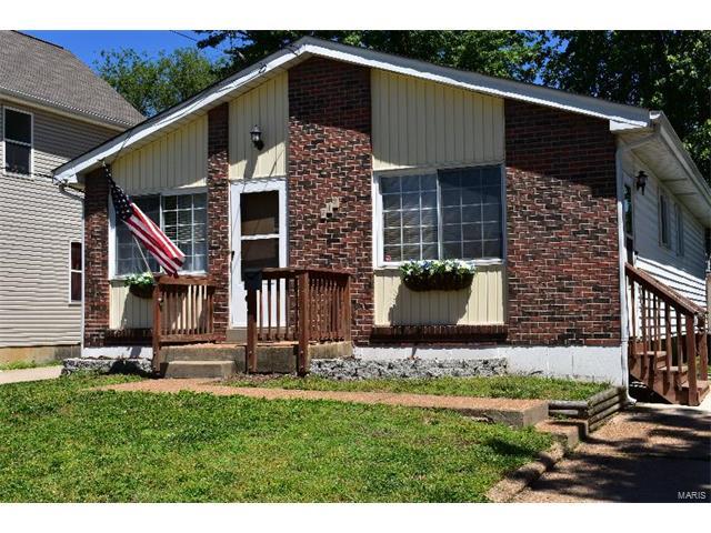 217 W Felton Avenue, St Louis, MO 63125