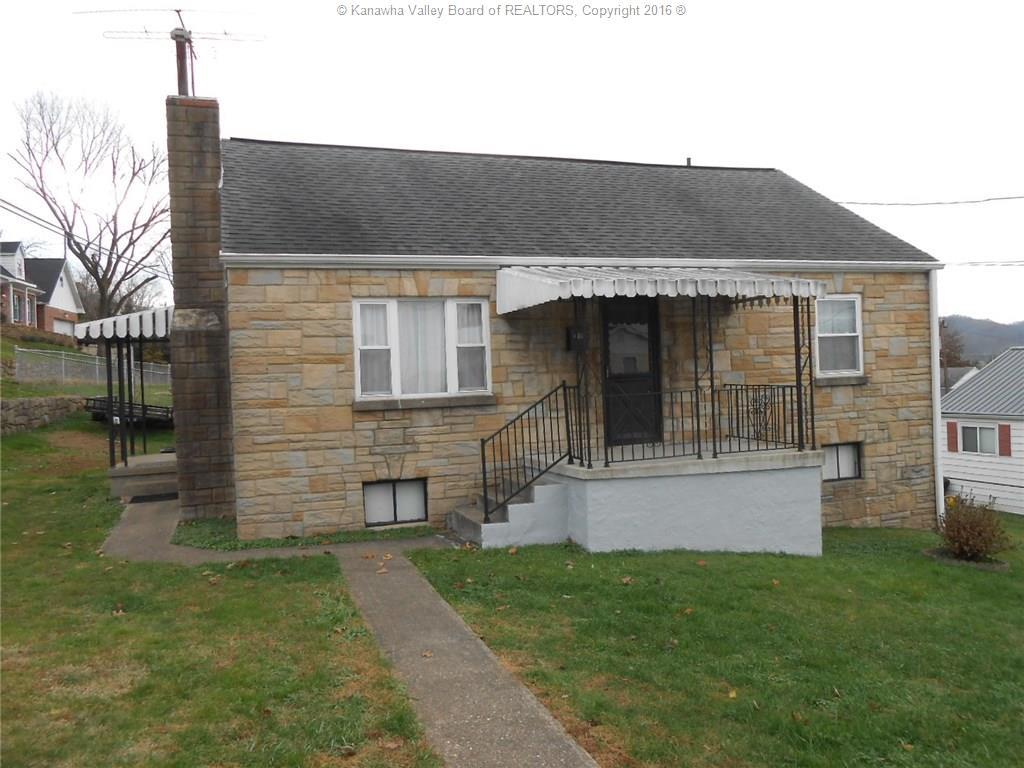 1338 13th Street, Nitro, WV 25143