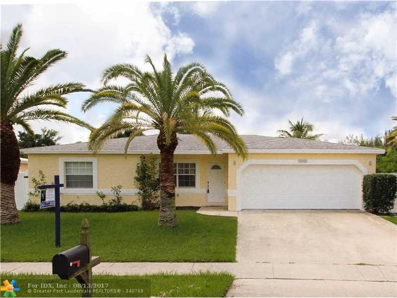 11206 Mustang St, Boca Raton, FL 33428