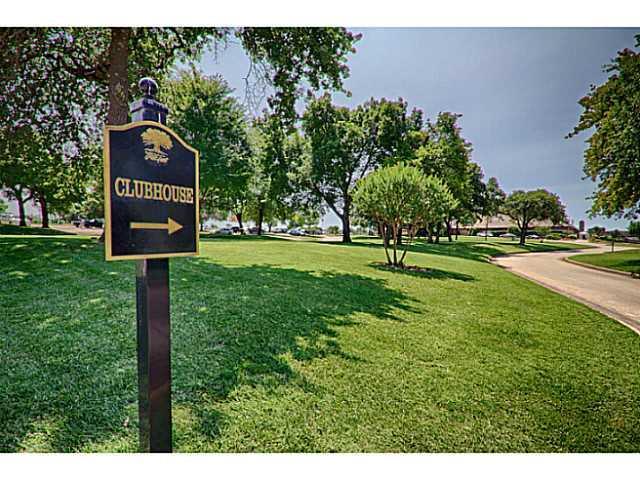 6208 Gold Cypress Drive, Edmond, OK 73025