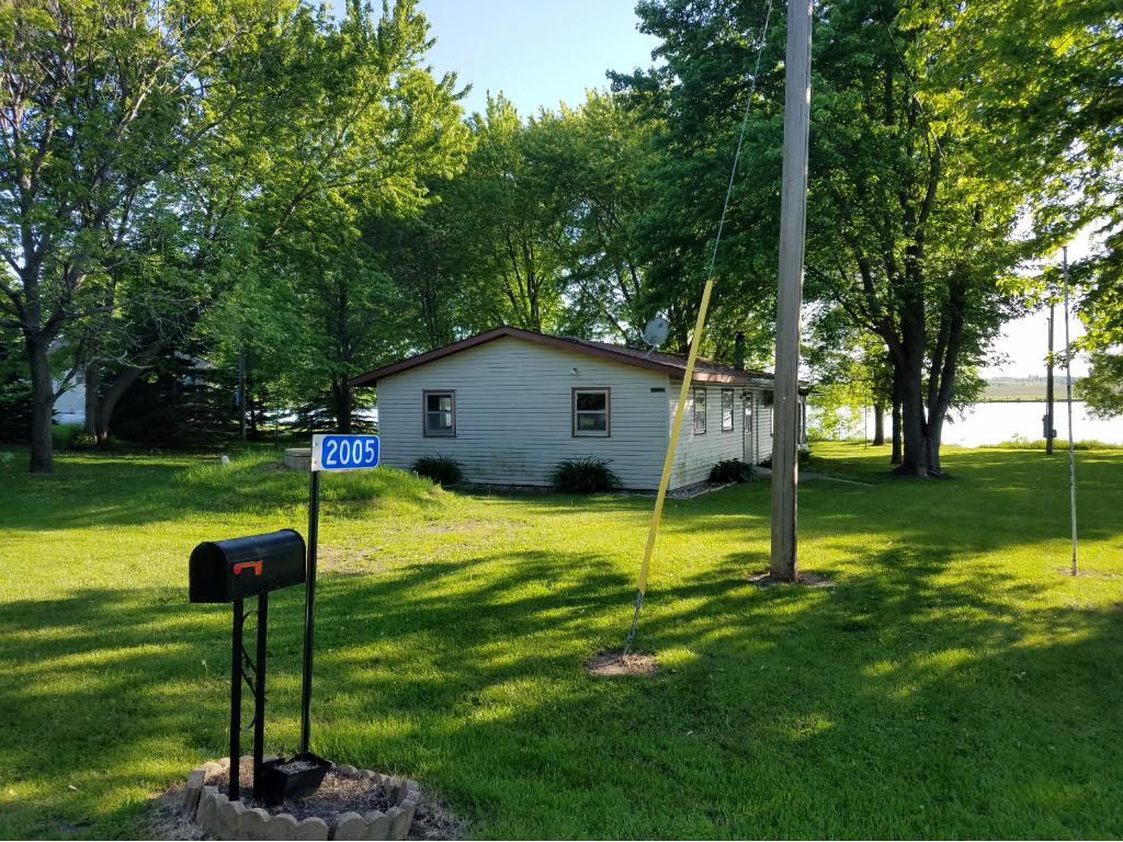 2005 N Shore Drive, Lake Benton, MN 56149