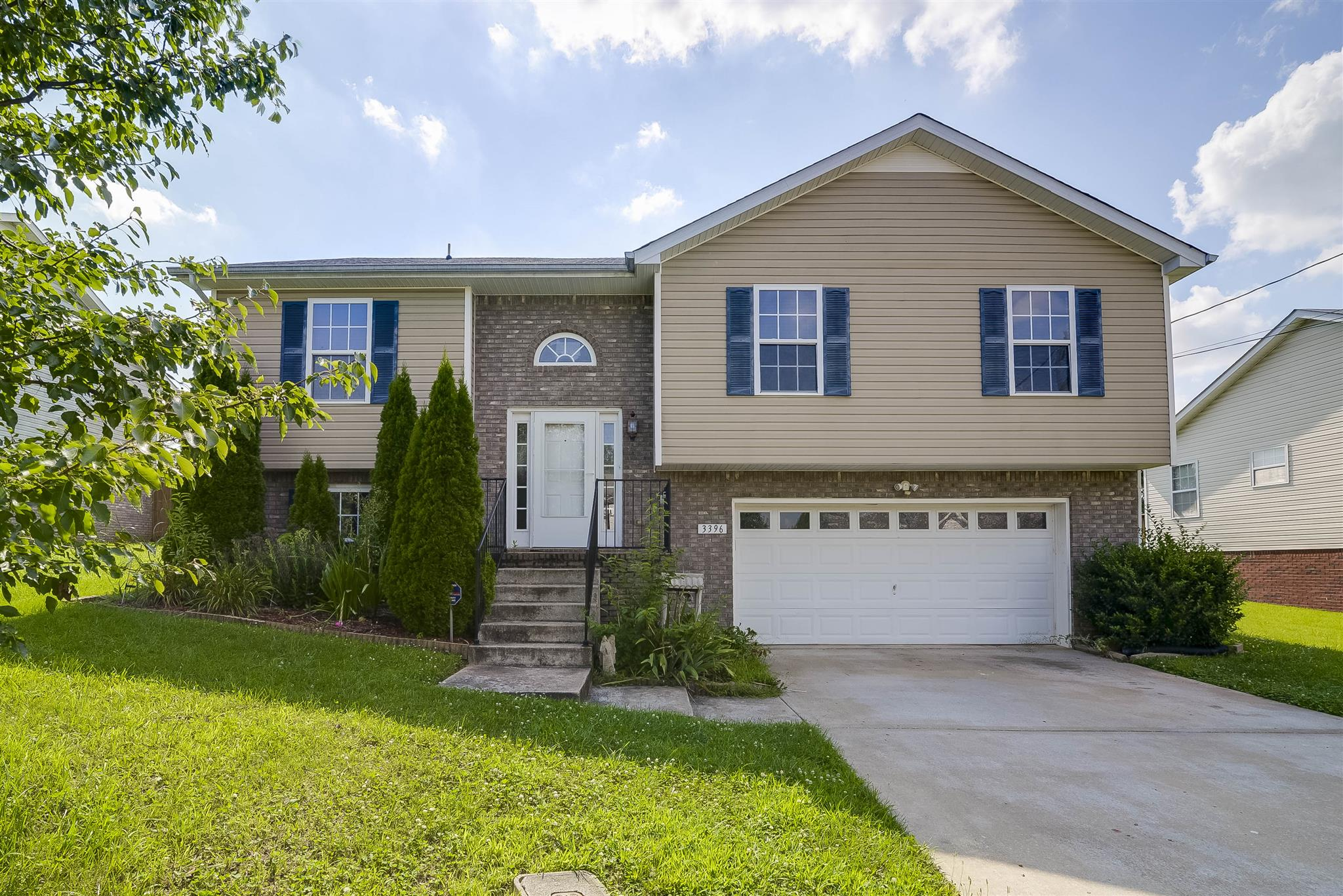 property search results brentwood tn homes for real estate 3396 queensbury rd clarksville tn 37042