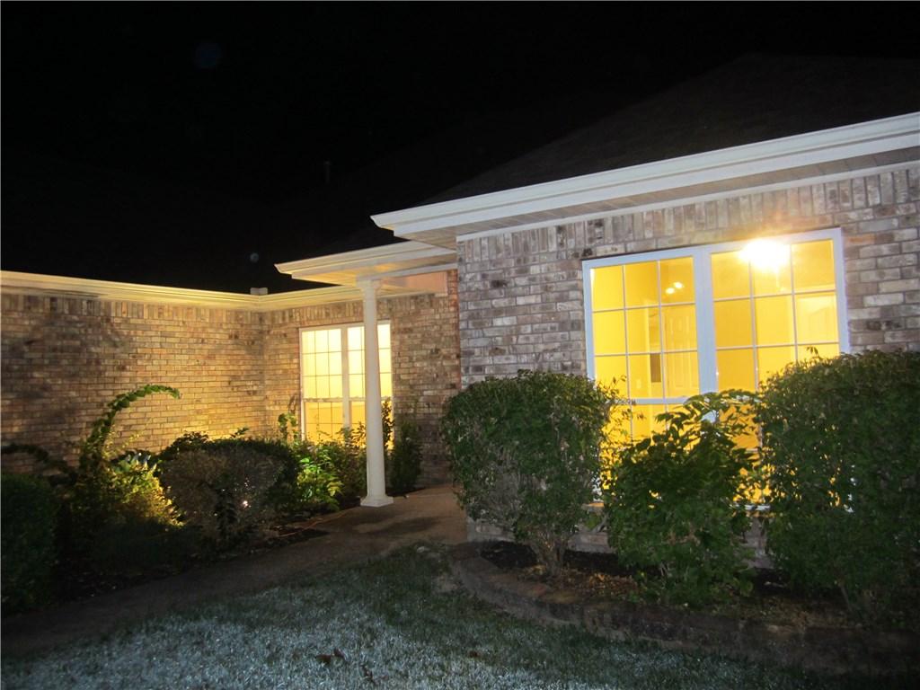2623 Indian Oaks, Springdale, AR 72762
