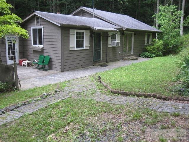 654 Courtney Lane, Vilas, NC 28692