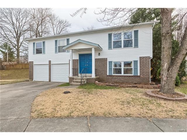 12806 Calamaide, Maryland Heights, MO 63043