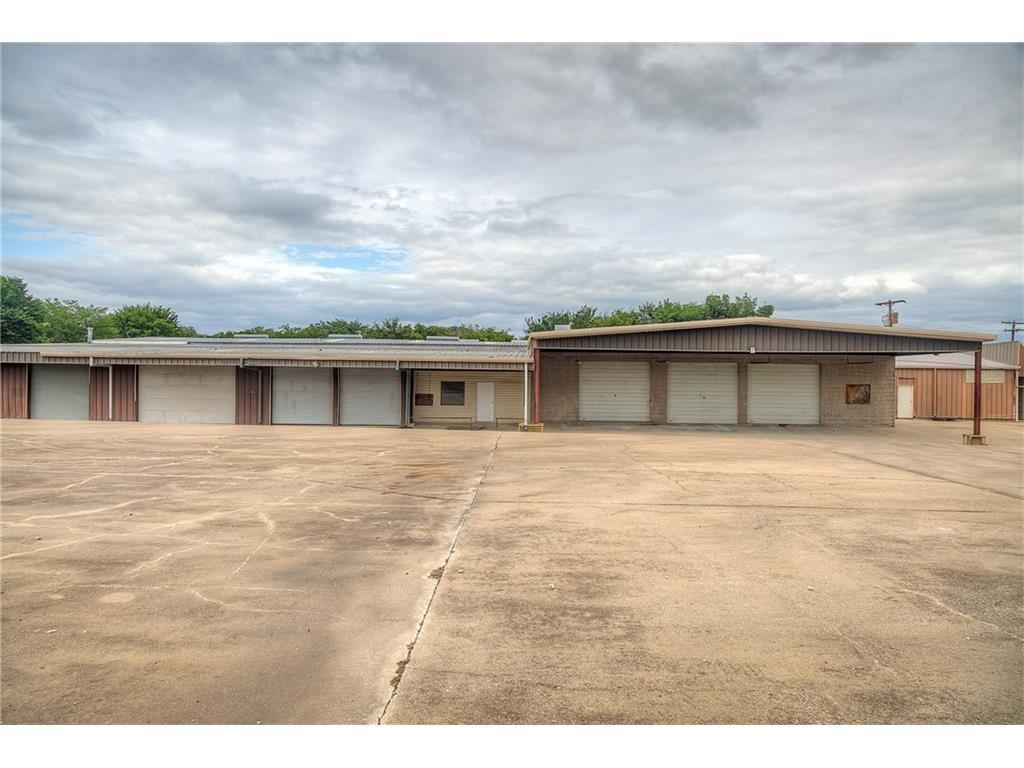 411 W Lawson Road, Dallas, TX 75253