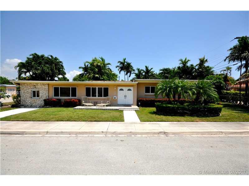 1541 S Treasure Dr, North Bay Village, FL 33141